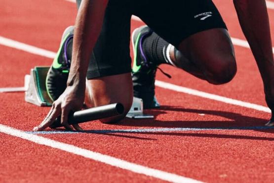 Projeto promove reconhecimento de atletas marianenses.